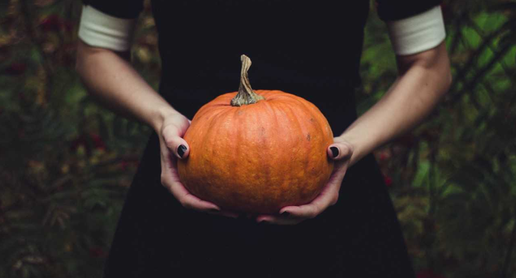 7 Halloween Tips For The Workplace